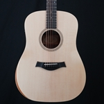Taylor Academy 10E Dreadnought Acoustic Guitar, Pickup & Gig Bag ACADEMY10E