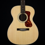 Used Guild OM240E Acoustic / Electric Guitar, Gig Bag UOM240E