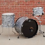 1999 Ludwig Classic Maple 3 piece shell pack, Black Diamond Pearl ULC3PC