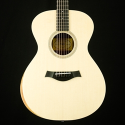 Taylor Academy 12 Grand Concert Acoustic Guitar ACADEMY12