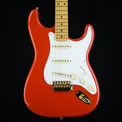 Fender Limited 50s Stratocaster, Maple neck, gold hardware, Fiesta Red 0140113340