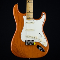 Fender Vintera '70s Stratocaster Electric Guitar, Maple Fingerboard, Aged Natural 0149842328
